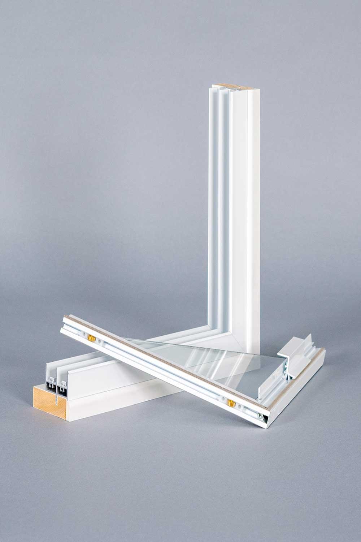 Noise reducing secondary glazing