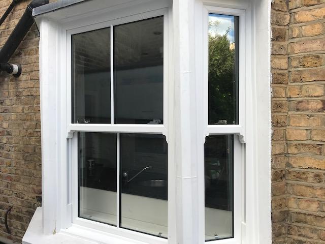 Replacement sliding sash window
